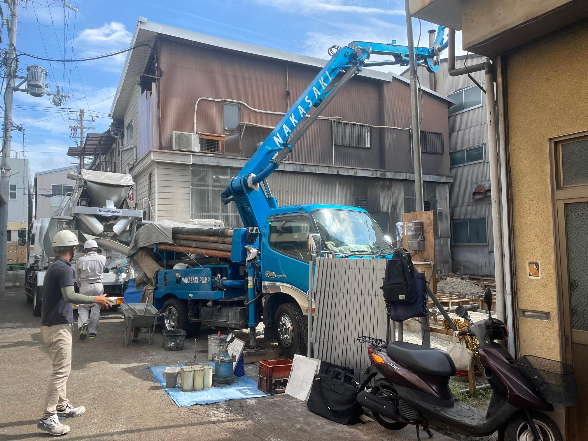 210806 東大阪町工場 コンクリート打設