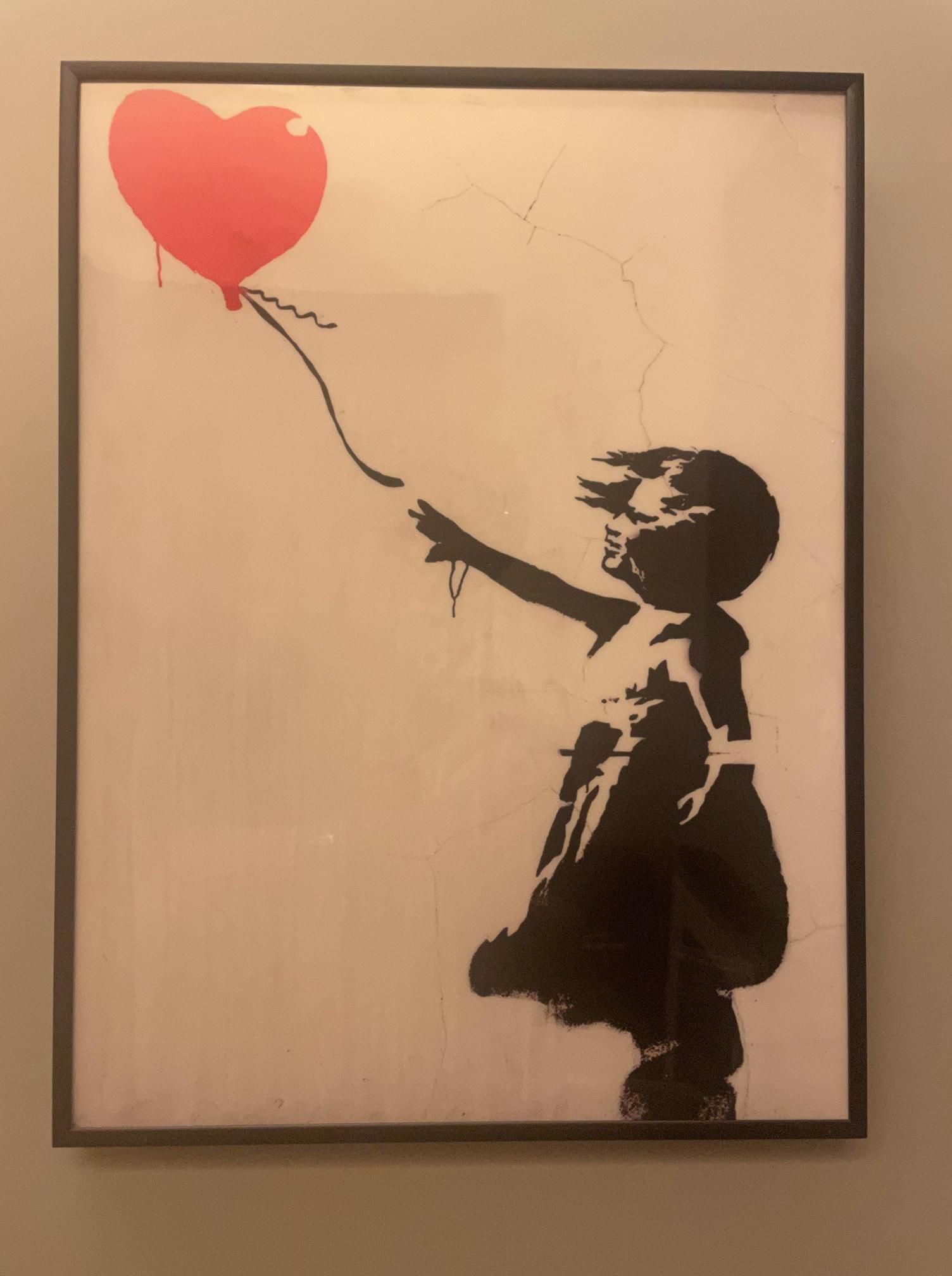 210817 「赤い風船に手を伸ばす少女」